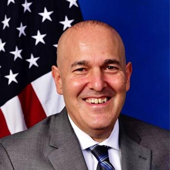 Jonathan Lewin headshot